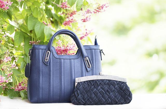 modré kabelky.jpg