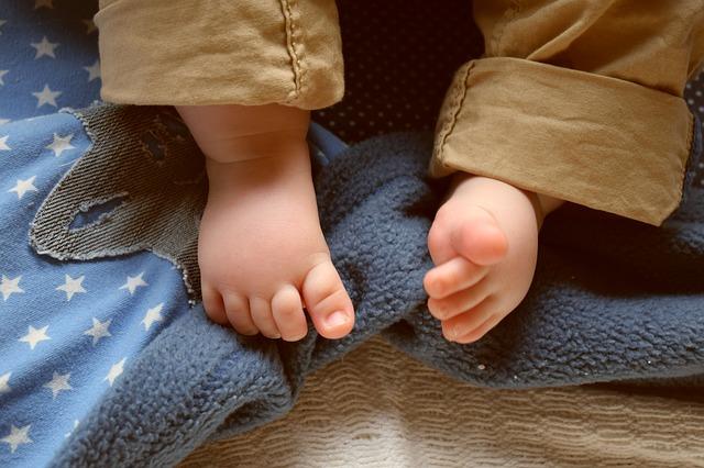 nožičky kojence.jpg