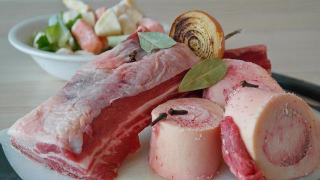 hovězí maso a kost